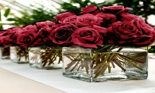 Red Rose Flower Bouquet as Centerpiece