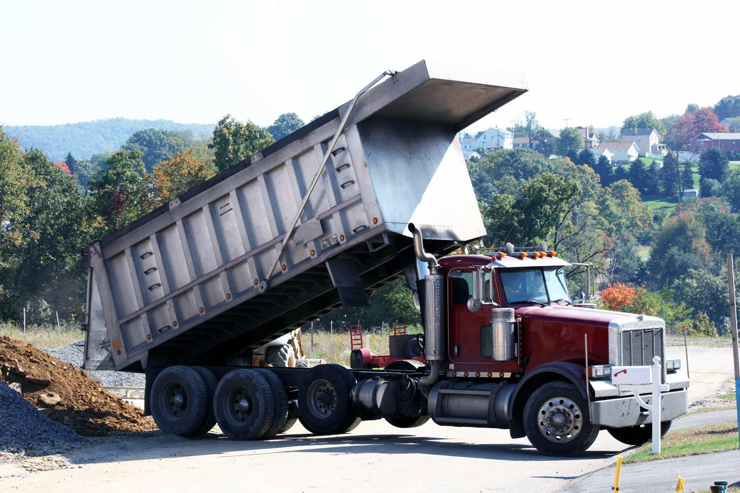 Commercial Dump Trucks