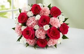 Ideas for anniversary flowers which you should give to your partner 3